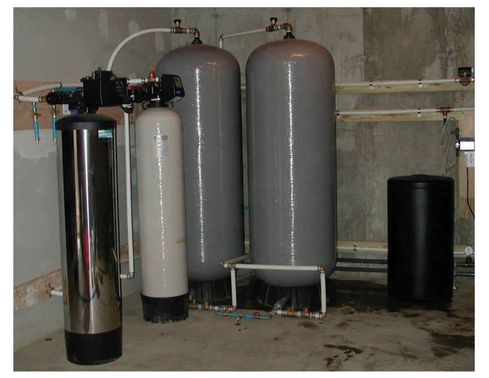 commercial water purification system to eliminate iron and hydrogen sulfide odors